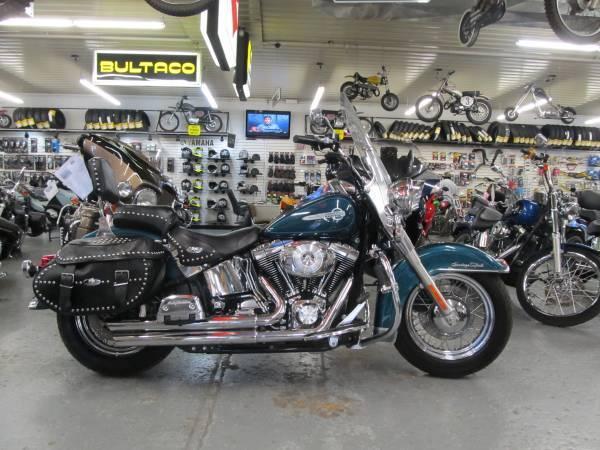2004 Harley-Davidson FLSTC Heritage Softail