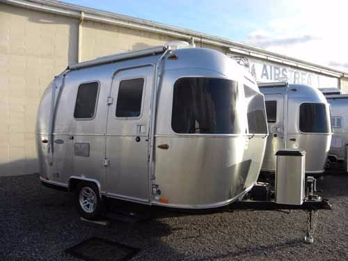 2017 Airstream 16 Sport Black Ultra leather