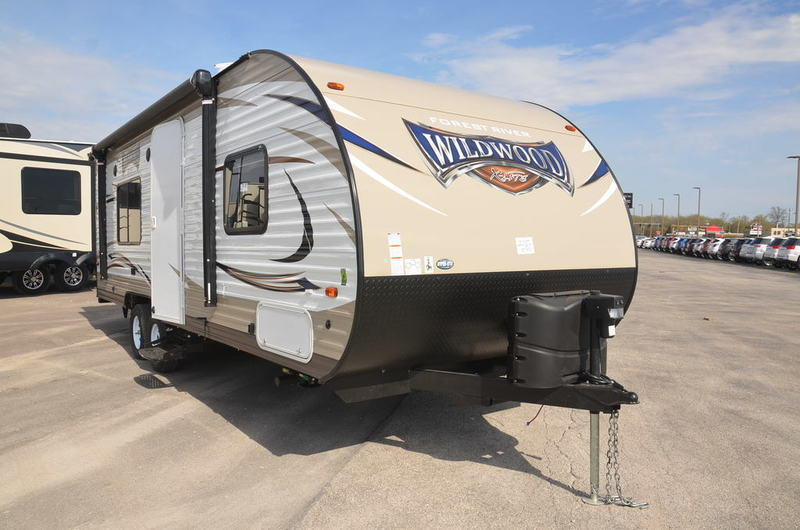 2018 Forest River WILDWOOD 241QBXL TRAVEL TRAILER