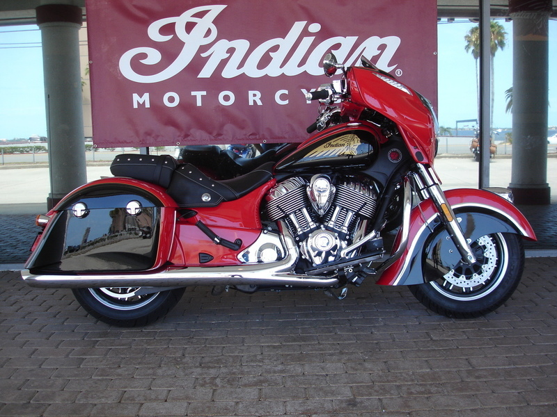 2017 Indian Motorcycle Chieftain Wildfire Red Over Thunder Black