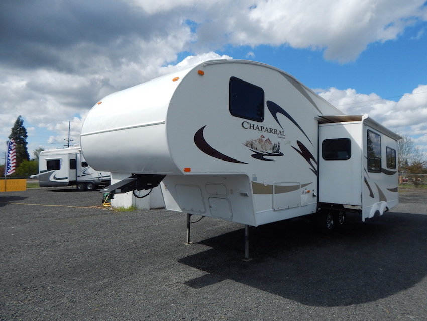 2007 Coachmen CHAPARRAL 267RLS, 0