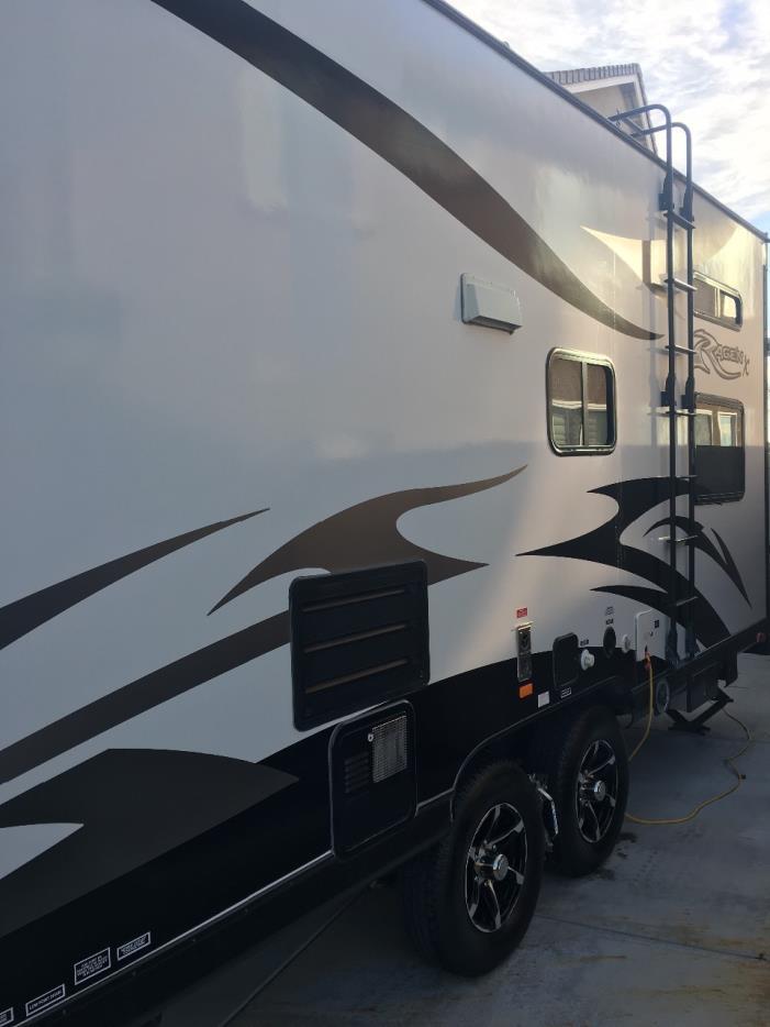 2015 Pacific Coachworks RAGE'N 25FBX, 5