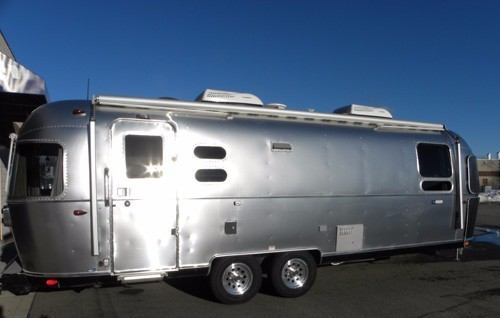 2017 Airstream Tommy Bahama! Special Edition 27