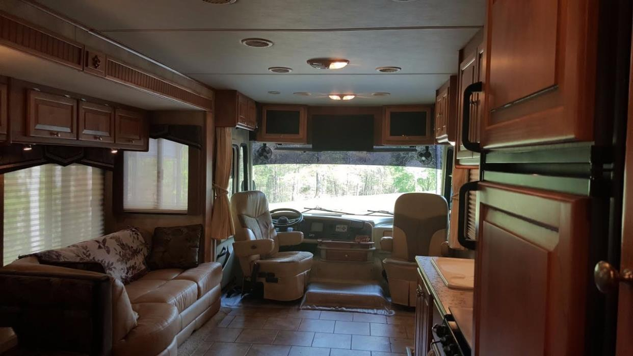 2009 Tiffin Motorhomes ALLEGRO OPEN ROAD 32BA, 7