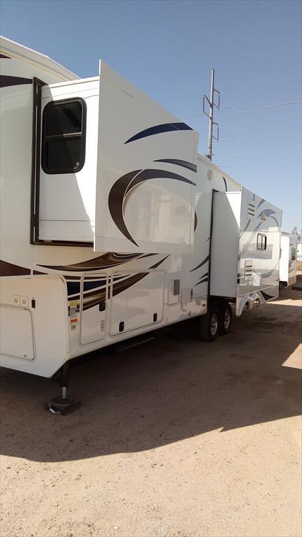2014 Heartland Rv Bighorn BH 3570 RS, 2