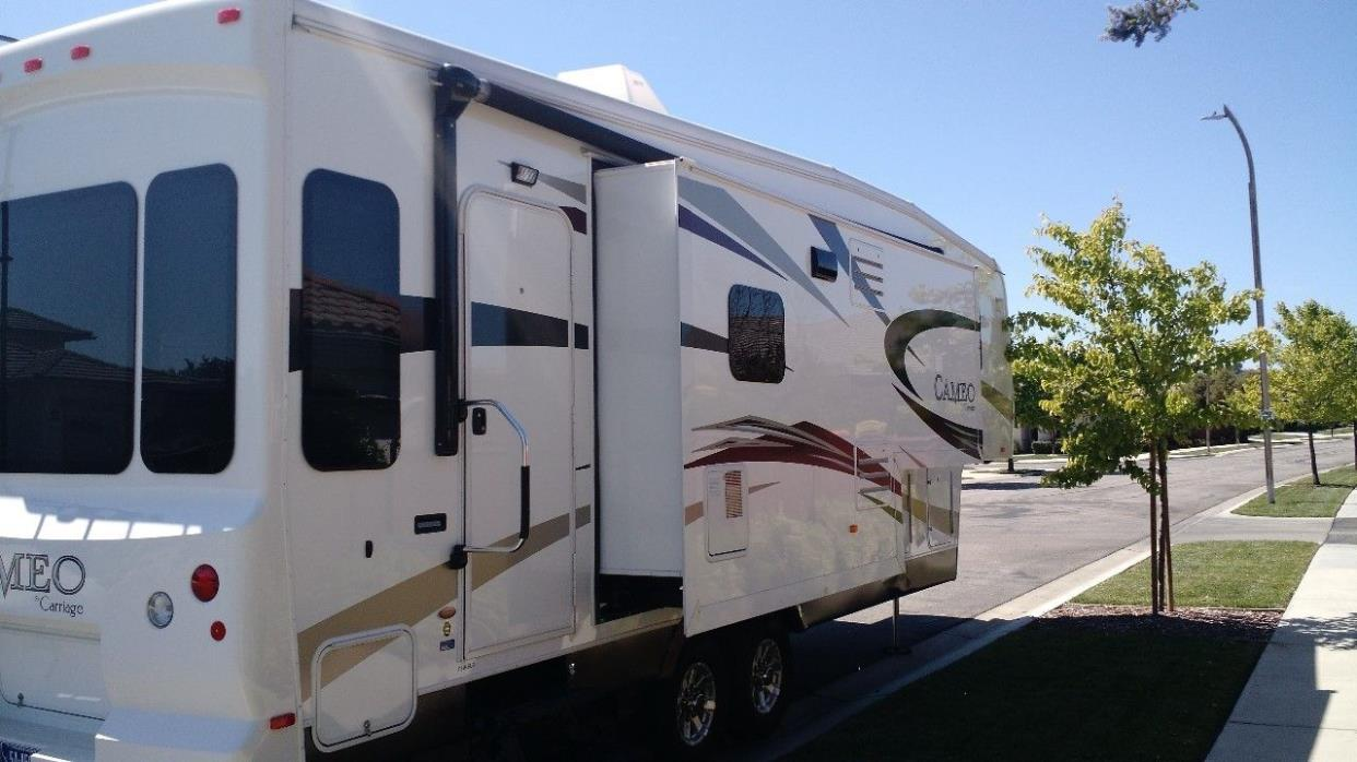 2011 Carriage CAMEO 31KSLS