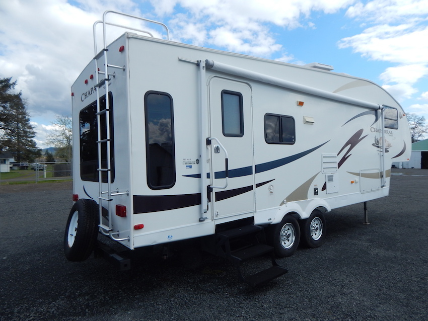 2007 Coachmen CHAPARRAL 267RLS, 2