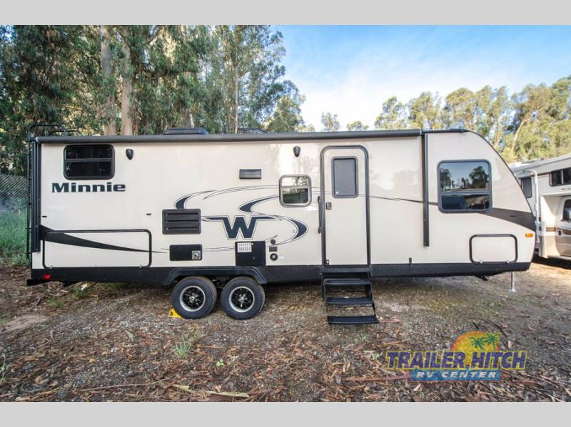 2018 Winnebago Industries Towables Minnie 2455 BHS