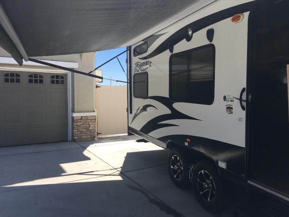 2015 Pacific Coachworks RAGE'N 25FBX, 9