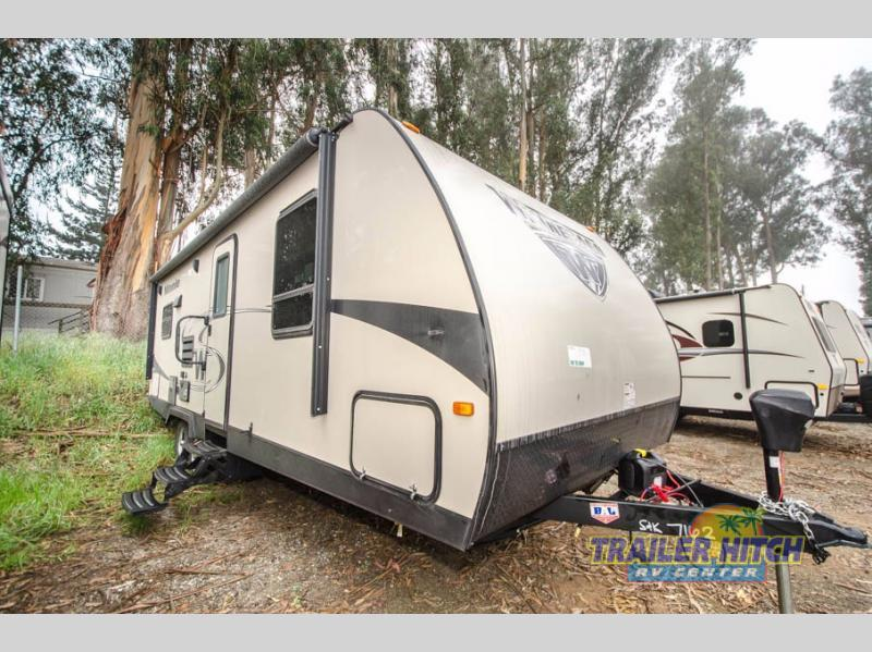 2018 Winnebago Industries Towables Minnie 2500 RL