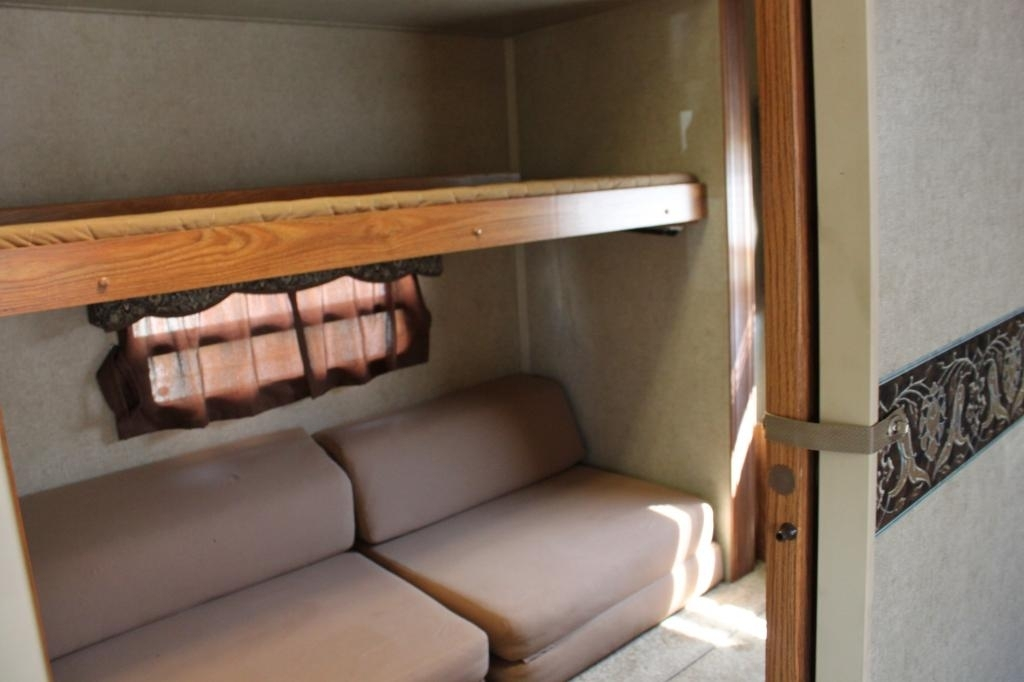 2013 Forest River ROCKWOOD SIGNATURE ULTRA 8281WS, 5