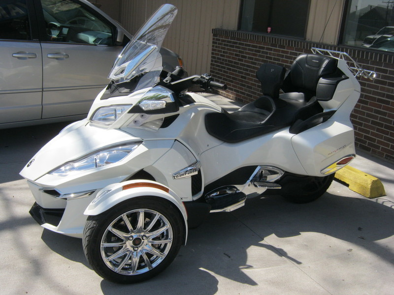 2015 Can-Am Spyder RT Limited 6 Speed semi-Automatic (SE6)