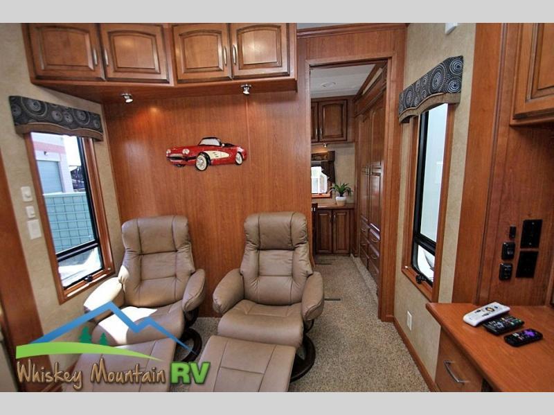 2012 DRV Mobile Suites Atlanta 45' Quad Slide 2 Bedroom, 8