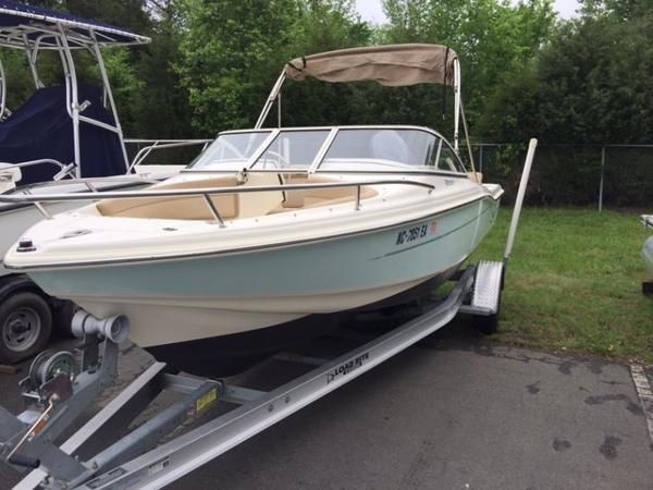 2012 Scout Boats 187 Dorado