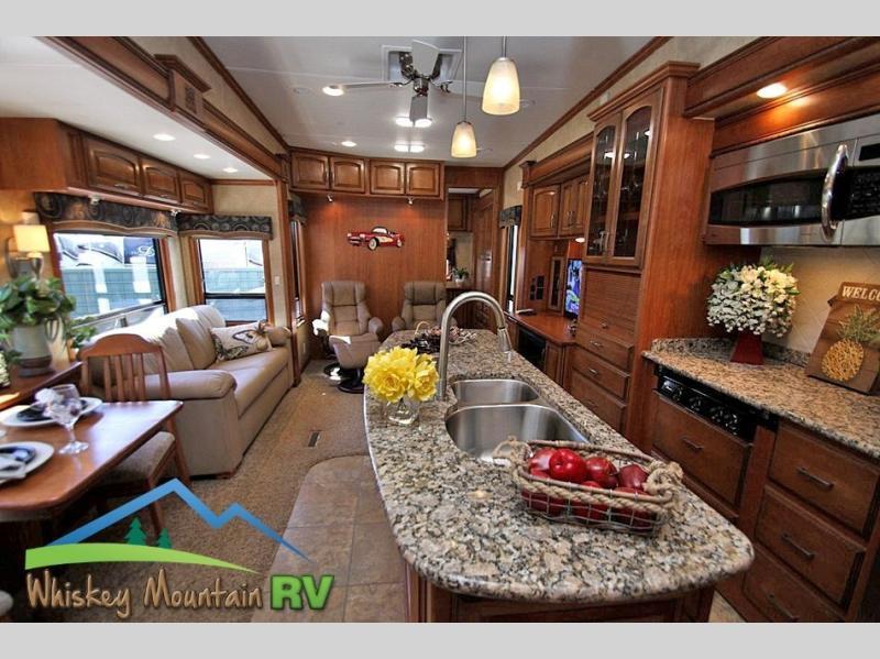 2012 DRV Mobile Suites Atlanta 45' Quad Slide 2 Bedroom, 1