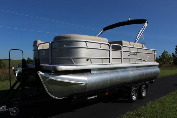 2017 Sweetwater 2286 WB - 115hp - wetbar