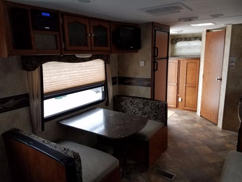 2013 Keystone Rv Passport 245RB Express, 8