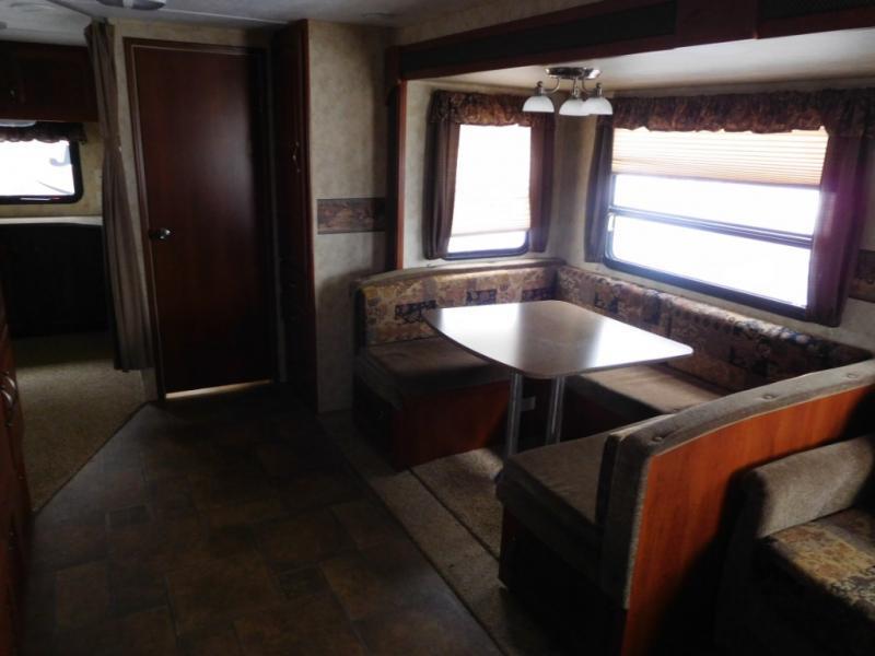 2011 Keystone Rv Cougar X-Lite 30BHS, 9
