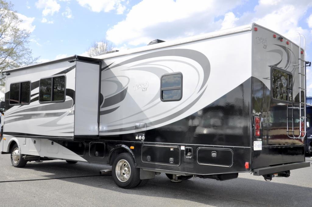 2014 Fleetwood Terra SE 33S, 1