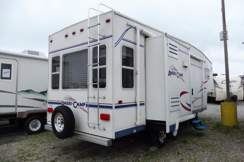 2003 Ameri-Camp Fifth Wheel 265RLS, 3