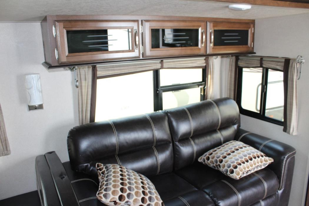 2017 Forest River WILDWOOD HERITAGE GLEN 300BH, 7