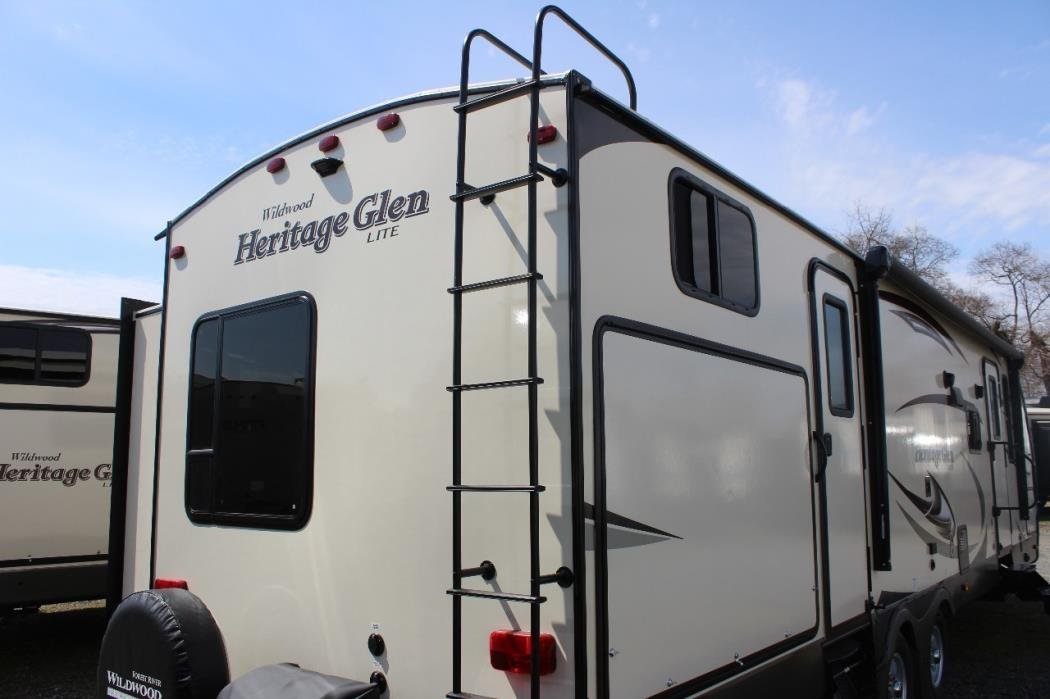 2017 Forest River WILDWOOD HERITAGE GLEN 300BH, 3