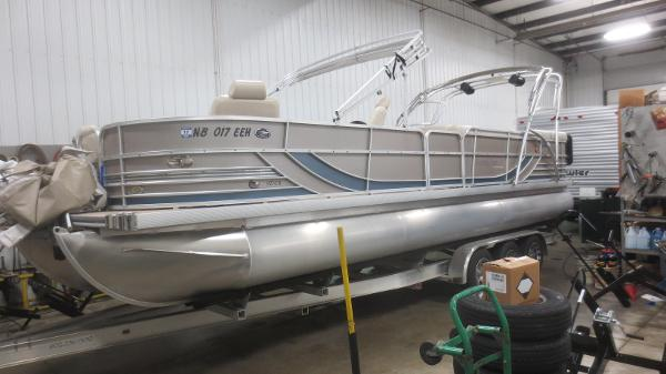 2008 South Bay Pontoons 927 CR