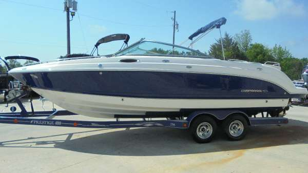 2005 Chaparral 256 SSi Sportboat