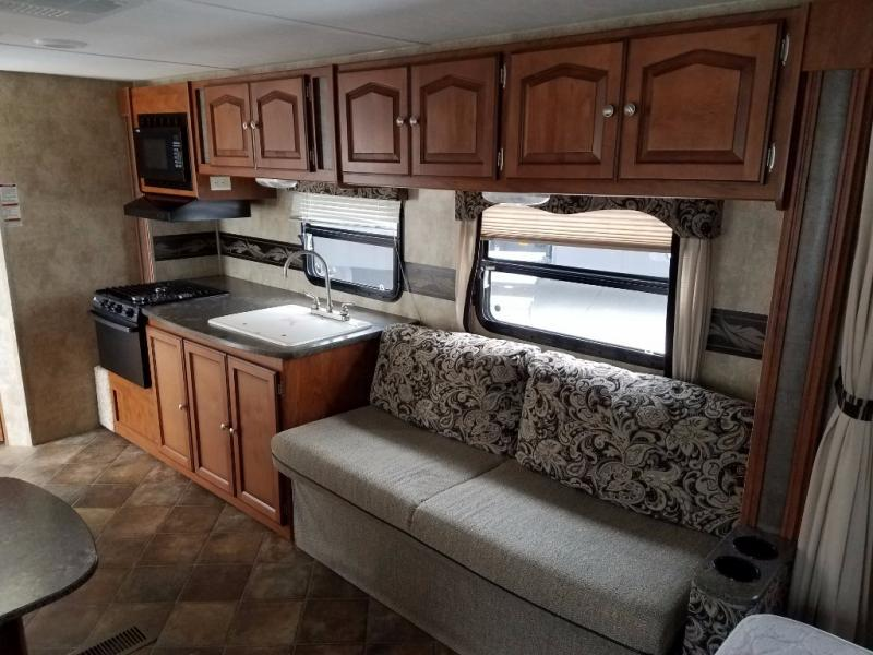 2013 Keystone Rv Passport 245RB Express, 6