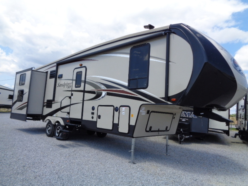 2018 Forest River Sandpiper 3350BH(GP)