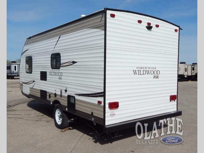 2018 Forest River Rv Wildwood X-Lite FSX 187RB, 3