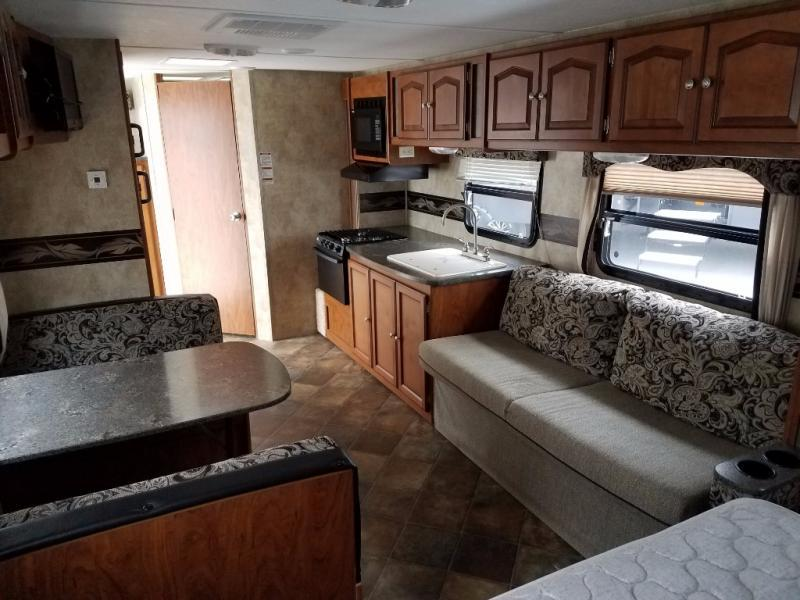 2013 Keystone Rv Passport 245RB Express, 5