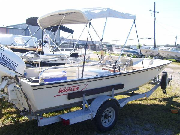 1986 Boston Whaler 17 STRIPER
