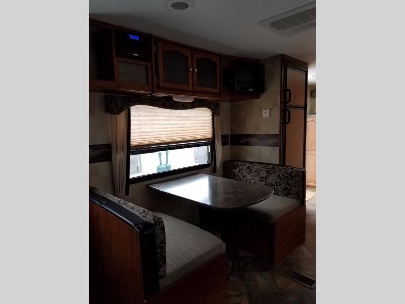 2013 Keystone Rv Passport 245RB Express, 9