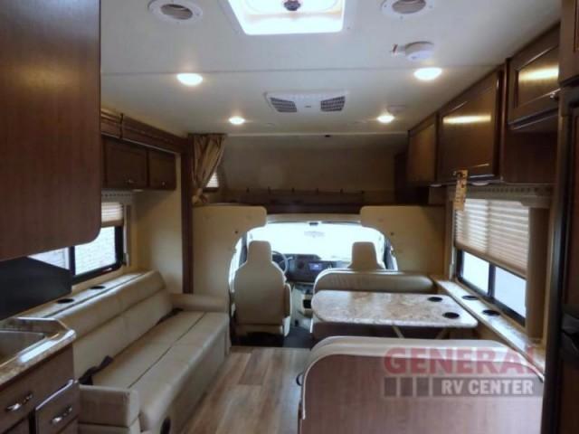 2017 Thor Motor Coach Four Winds 30D Bunkhouse, 3