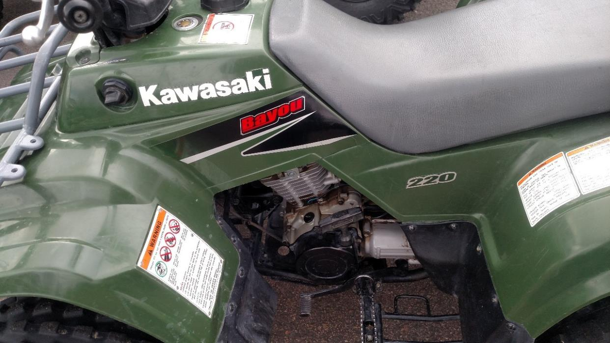 2002 Kawasaki BAYOU 220, 3