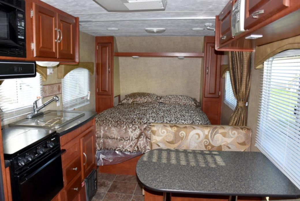 2011 Forest River WILDWOOD 22RBXL, 2