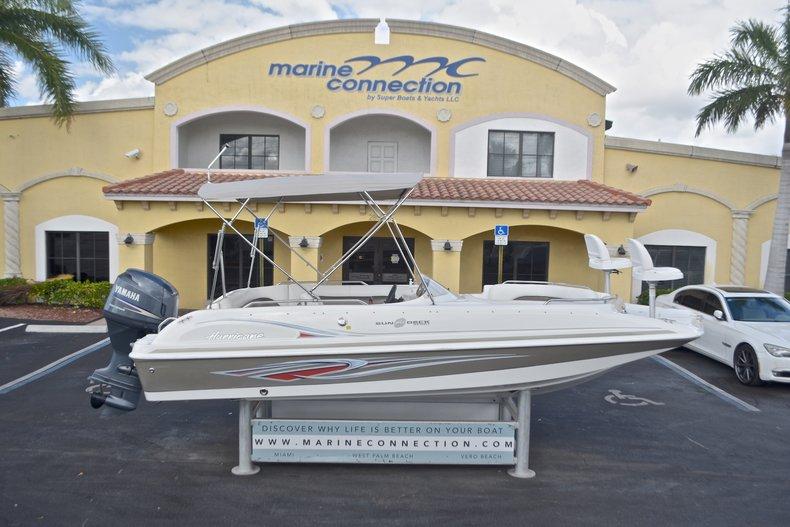 2011 Hurricane SUNDECK SPORT SS 201 OB