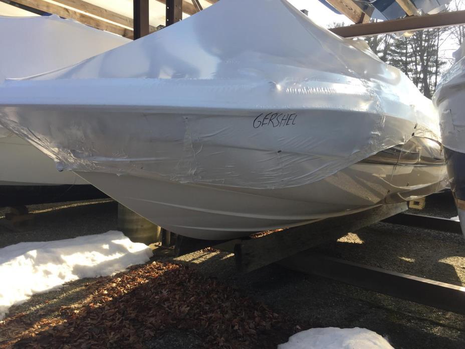 2002 Malibu Boats LLC Wakesetter
