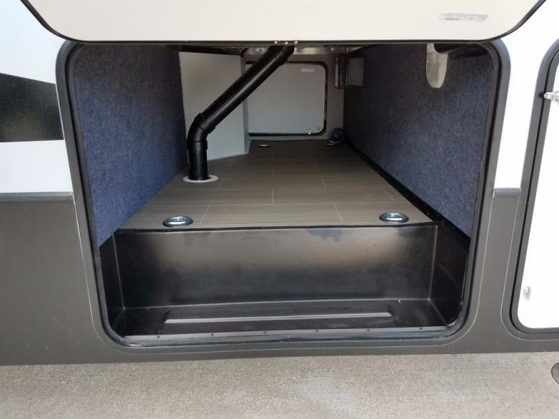 2018 Keystone Rv Carbon 357, 1