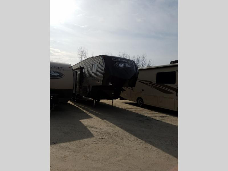 2017 Forest River Rv Cherokee 255RR