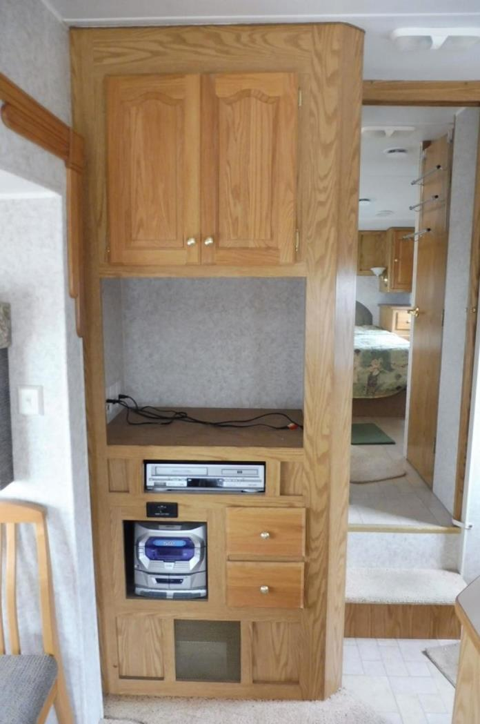 2003 Ameri-Camp Fifth Wheel 265RLS, 9