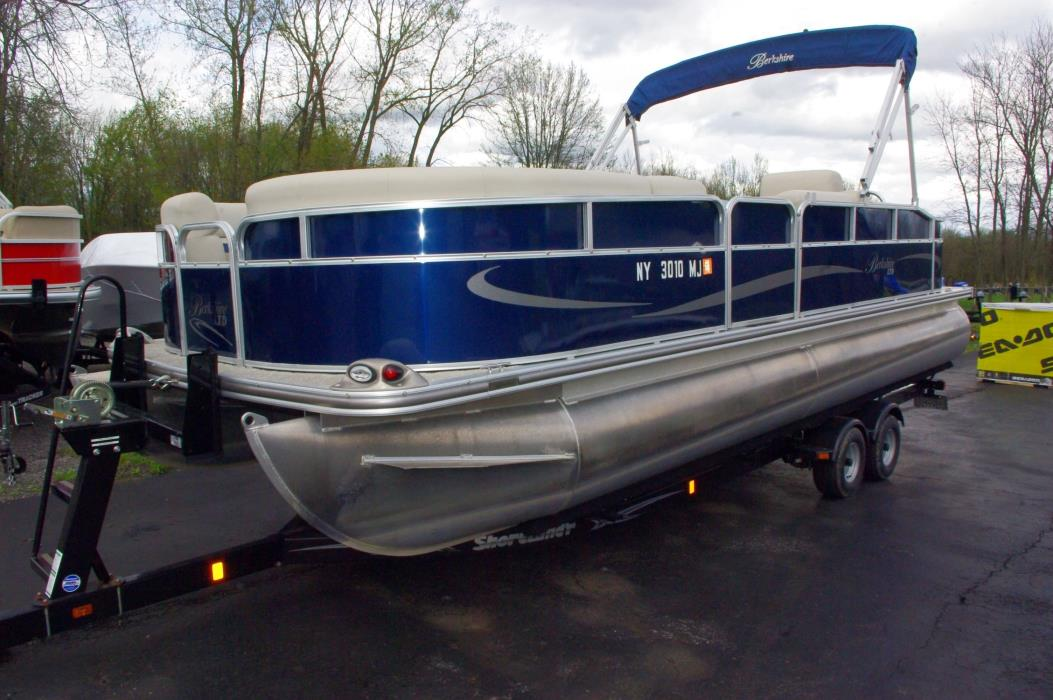 2011 Berkshire Pontoons LTD Series 223SLX