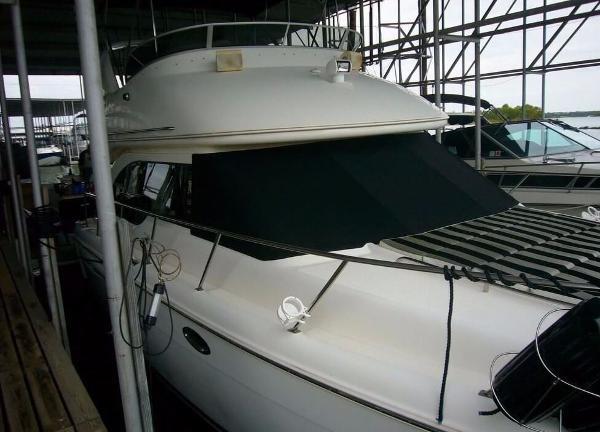 2004 Meridian 341