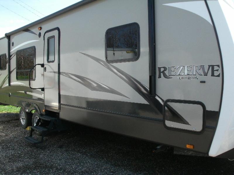 2015 Crossroads Rv Rezerve RTZ29RK, 1