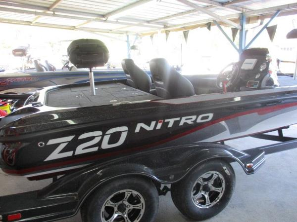 2017 NITRO Z20