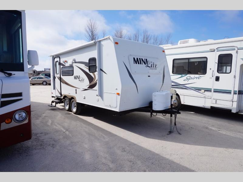 2013 Forest River Rv Rockwood Mini Lite 2109S