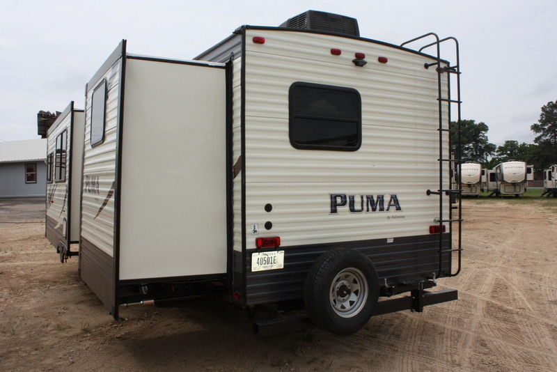 2018 Palomino Puma Travel Trailers 31-BHSS, 3