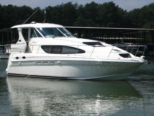 2004 Sea Ray 390 MY
