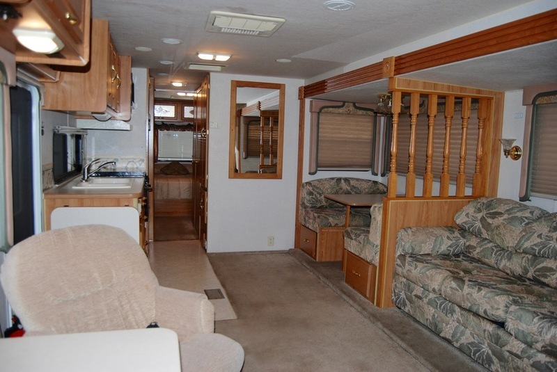 1999 Coachmen Catalina 330MBS, 8